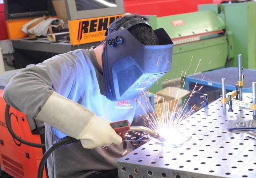 Konstruktionsmechaniker bei der Arbeit