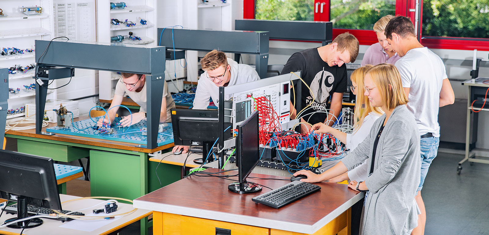 Technik und Management am technischen Gymnasium