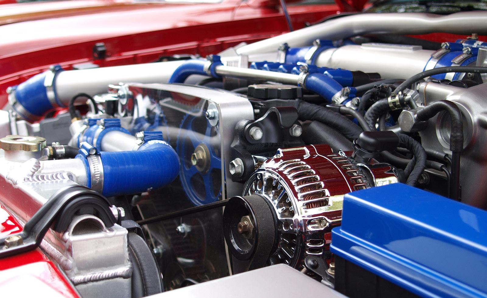 Das Innere eines Motorenraums